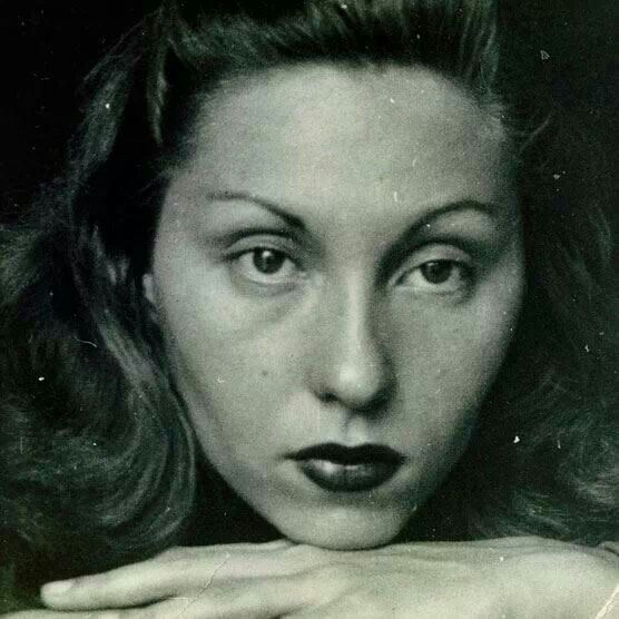 when clarice lispector's women characters look One group said she wrote a lot about the issues women  book took place and clarice lispector's intention  in the hour of the star, by clarice.