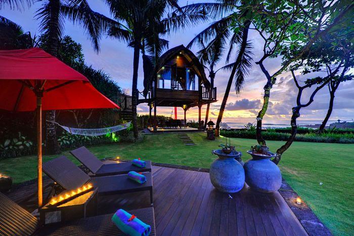 #bali #geriabali #holiday #villalyf #villalife #balivilla #baliholiday #tbt #beautifuldestination #tropical #luxuryworldtraveler #tgif #balibible