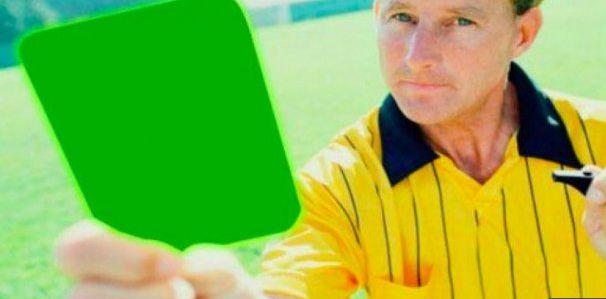 """Futbol italiano utilizará nueva tarjeta verde por """"fair play"""""""