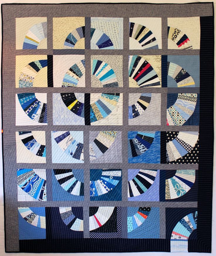 Blue Blue Electric Blue. Pieced and quilted by Ara Jane Olufson, Deborah Aspuria, Daisy Auschehoug, Ivy Bagnall, Yeechi Chen, Cat Downs, Mary Gibbons, Rachel Hauser, Allison Schnackenberg, and Jodie Wu. QuiltCon 2017 Award Winners | MQG Community