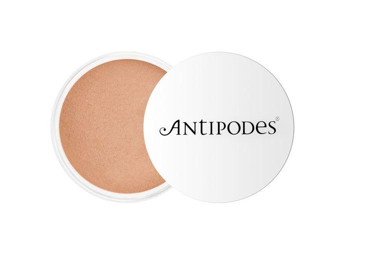 Antipodes_Mineral Foundation_Tan 04_£27.99