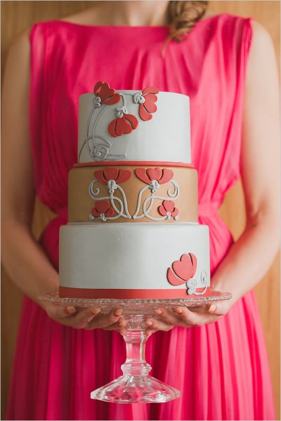 Retro coral flowers wedding cake