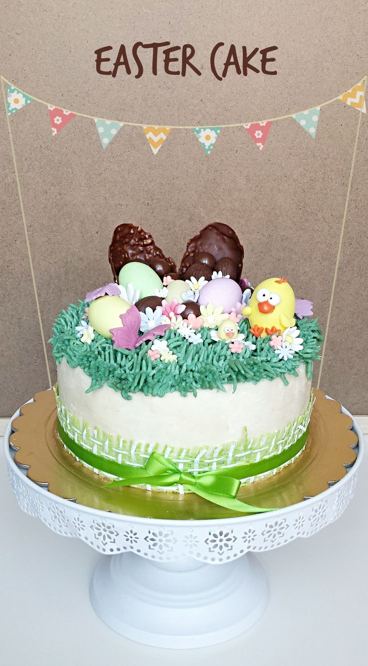 Easter Cake   Pistachio cake with pistachio and white chocolate cream. Torta al pistacchio con crema al pistacchio e cioccolato bianco.
