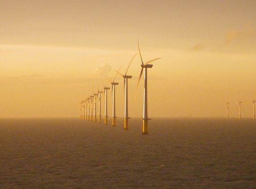UK Offshore Wind Power Falls Below £100/MWh 4 Years Ahead Of Schedule