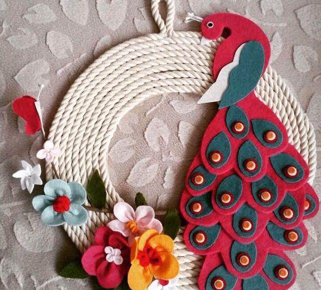 Keçe kapı süsü (3) (tavus kuşu)