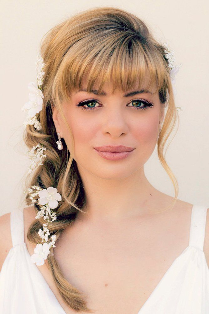24 Charming Wedding Hairstyles With Bangs Wedding Forward In 2020 Medium Hair Styles Hairstyles With Bangs Hair Styles