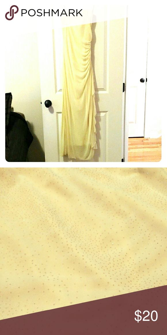 Prom Dress Pale yellow, strapless, chiffon material, elegant side drape, gold shimmer in material. Fabric in perfect condition...No stains or blemishes. B. Smart Dresses Prom