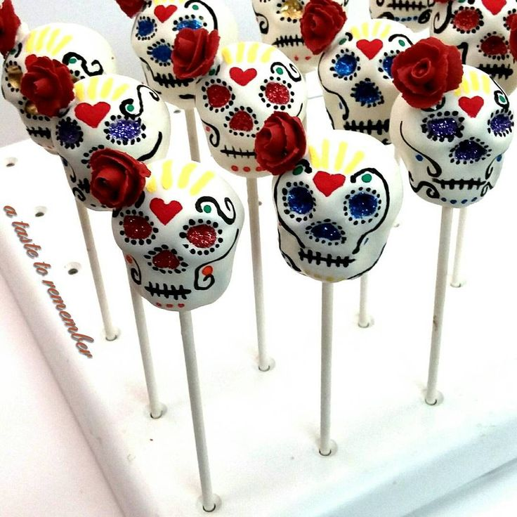 Sugar skull cake pops for The Book of Life themed party