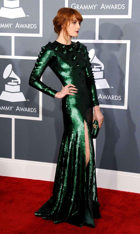 Florence Welch de Florence and the Machine se prête aussi au jeu... de jambe.