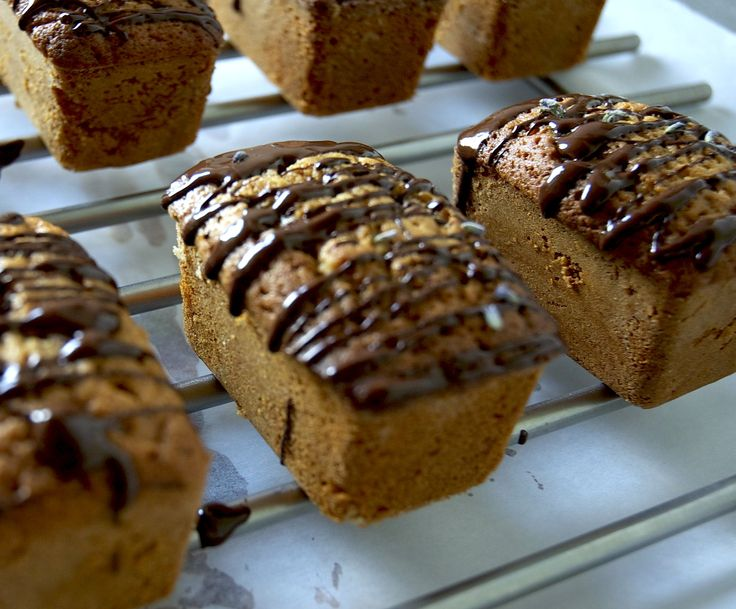 mini honey loafs - with a touch of dark chocolate and lavender - what more do you need for the morning cuppa?