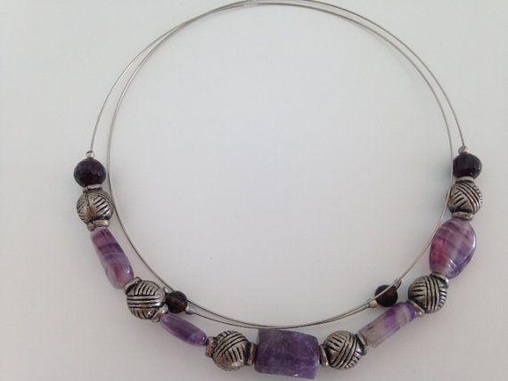 Collar de amatista púrpura por FlamingoImportMiami en Etsy