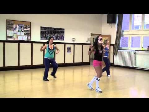 Awesome salsa routine for a #zumba class. Song: I Love Salsa