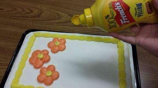 People who frost cakes with mustard: | 21 People Who Are Clearly Monsters