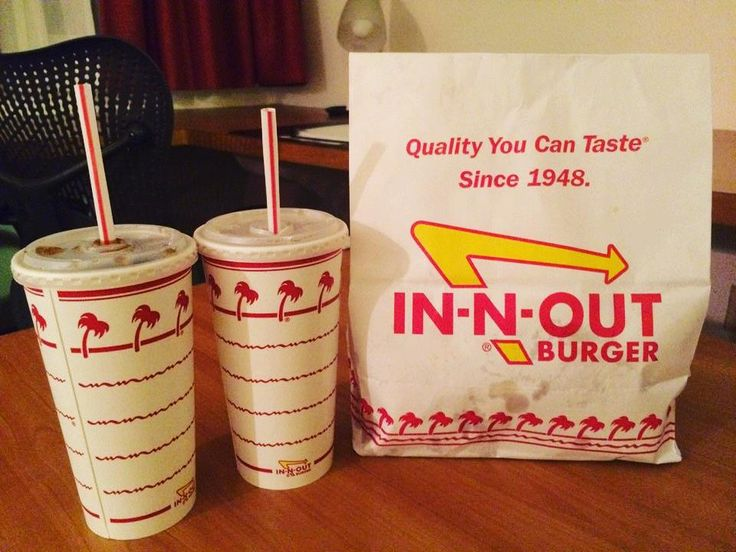 Long time no see IN-N-OUT  And I asked for a special order of half sweet & half unsweet iced tea which they actually made for me!  #inandout #burger  #inandoutburger #nightsnack #야식 #인앤아웃버거 #fries #icedtea #Austin #Texas #오스틴  #텍사스 #미국여행 by eunicenam