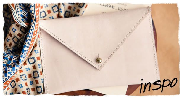 DIY Envelope Clutch~ hum, you could make it big enough to hold a lap top or even an iPad. Looks easy enough...