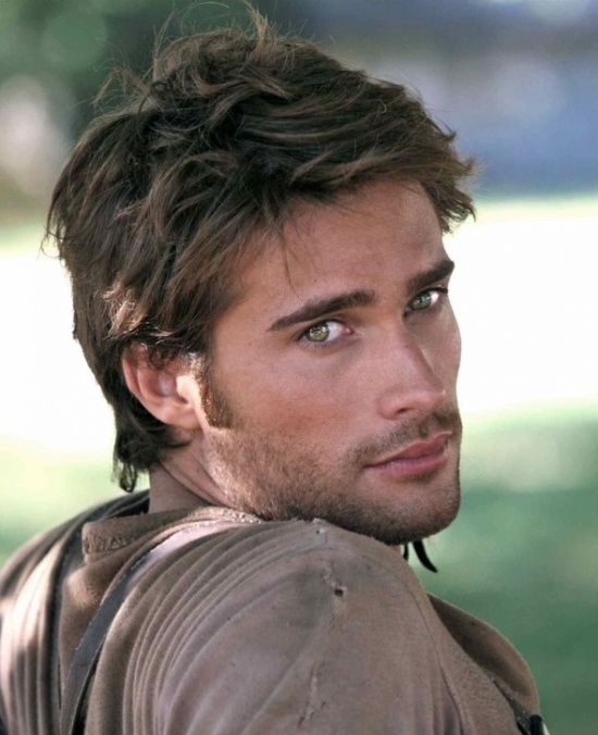 I could write a 350 page book about this man's face.  Jeez he's hot!  Ann Wilson/Vera Hollis:  Paranormal books