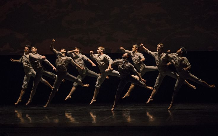 Passchendaele coreografia Neil Ieremia. Compagnia Royal New Zealand Ballet photo by Ellie Richards
