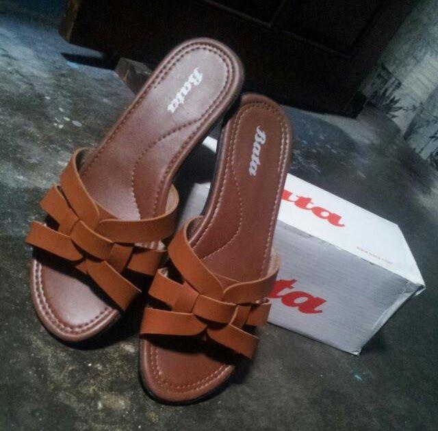 Model Sandal Wanita Bata Terbaru Di 2020 Sandal Wanita Sepatu