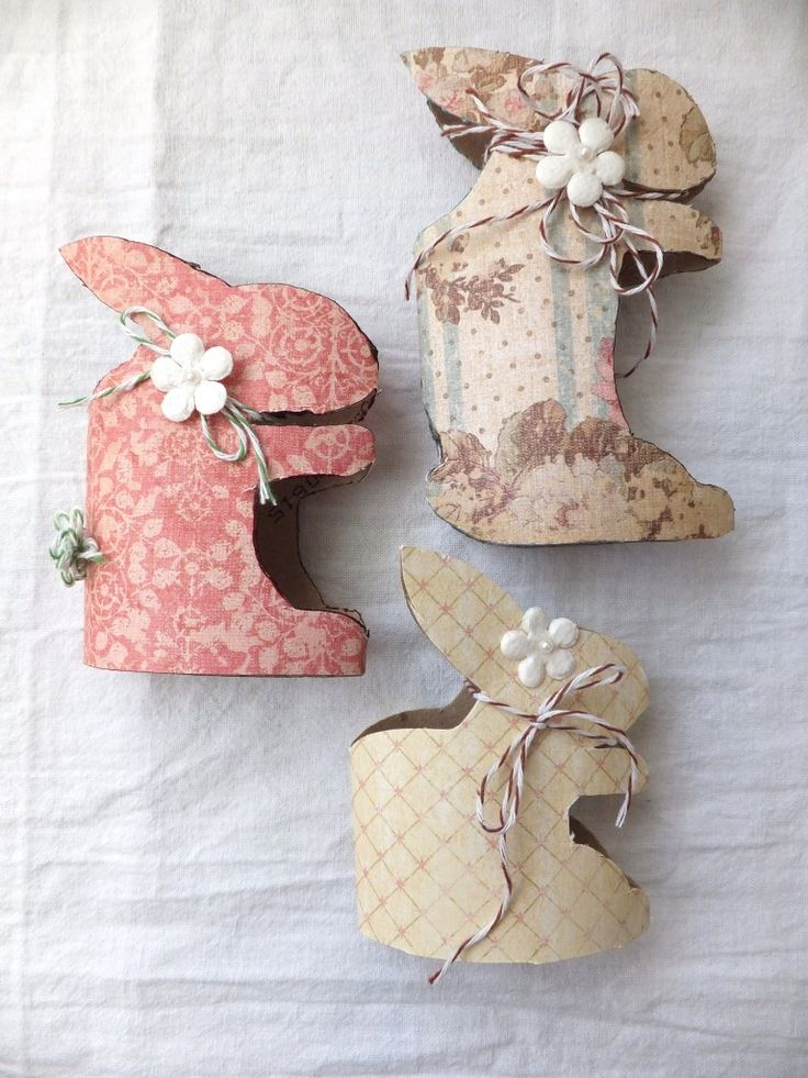 Easter crafts | toilet paper roll Easter bunnies