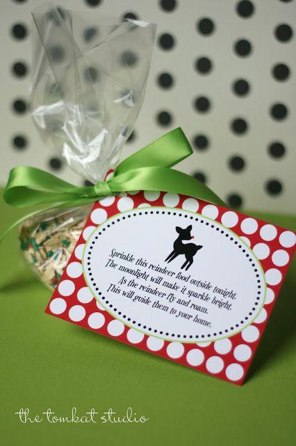 {Free Printables} Reindeer Food Tags! | The TomKat Studio #reindeerfood #christmas