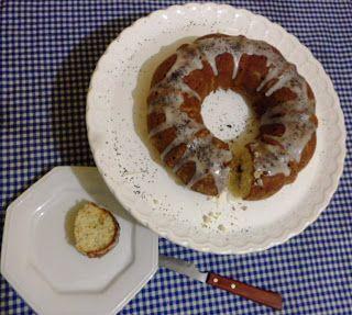 café charlotte: Bolo de limão siciliano e sementes de papoula