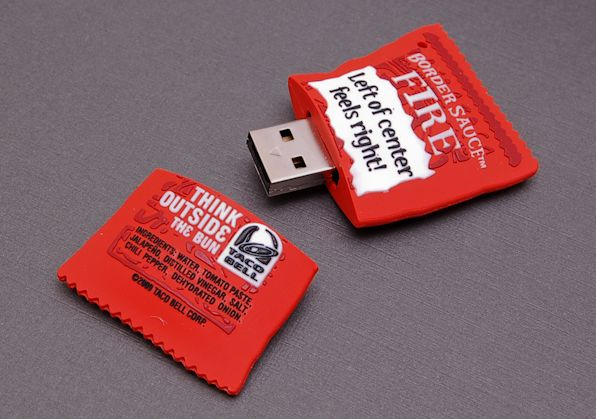Taco Bell Border Sauce USB Flash Drive: Tacos Mexican, Hot Sauce, Sauce Usb, Taco Bells, Taco Tacos, Usb Drive, Mexican Foods, Cooking Recipes, Taco Bell Sauce