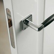 Mooi deurbeslag voor paneeldeur