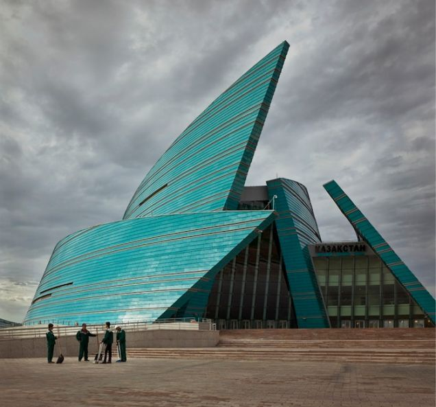 Scifimovie - The Strange, Post-Soviet Architecture of Astana, Kazakhstan