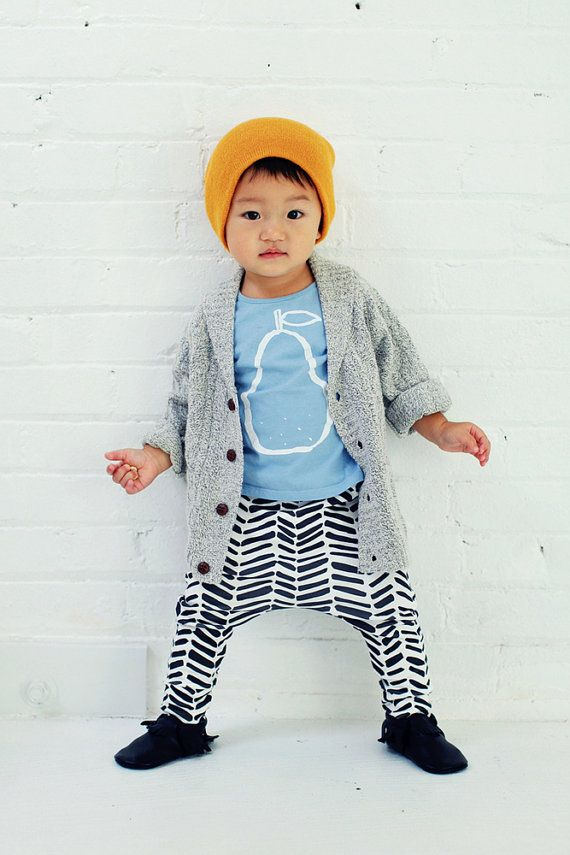organic cotton drop-crotch trousers in b&w arrow print, organic baby leggings, modern baby clothing