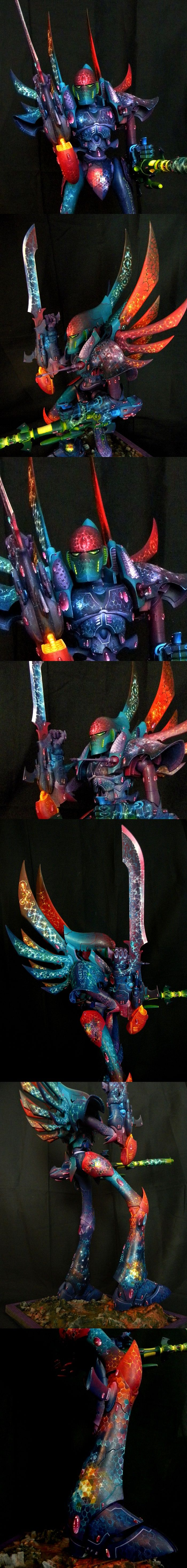 Eldar Phantom Titan // The paint job on this is ridiculously amazing! Surely this isn't all freehand?