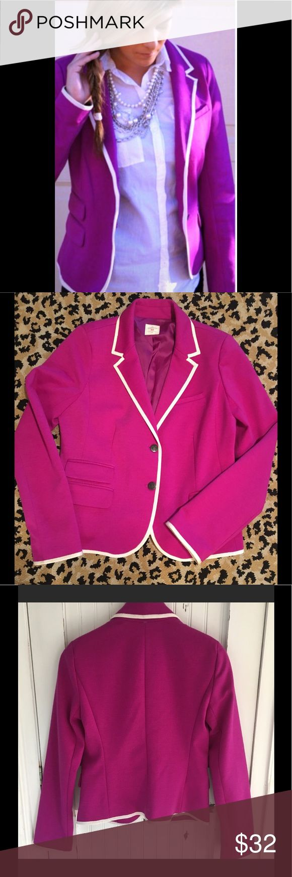 💟Beautiful Blazer The Academy Blazer. 💟A stunner with white wool or cotton pants or Black pants for dress⚛️ Trimmed with grosgrain ribbon. More detail listed above with photos. GAP Jackets & Coats Blazers