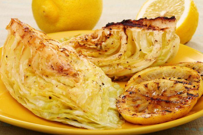 жаренная молодая капуста с лимоном