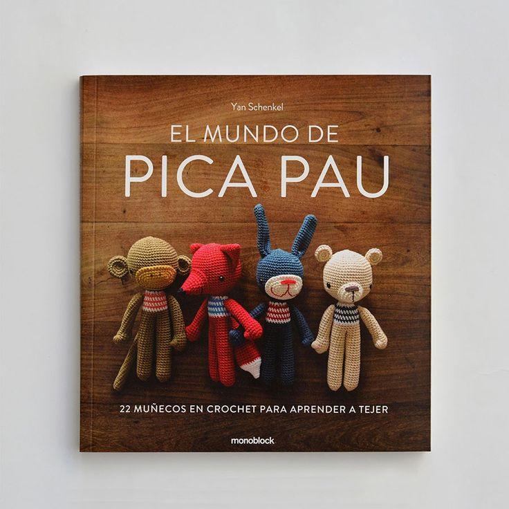 Libro el Mundo de Pica Pau: 22 patrones originales + 25 técnicas para costuras tridimensionales explican paso a paso en más de 250 fotografías --- Pica Pau's World: 22 original patterns + 25 techniques for three-dimensional sewings explained step by step in over 250 photographies #crochet #amigurumi