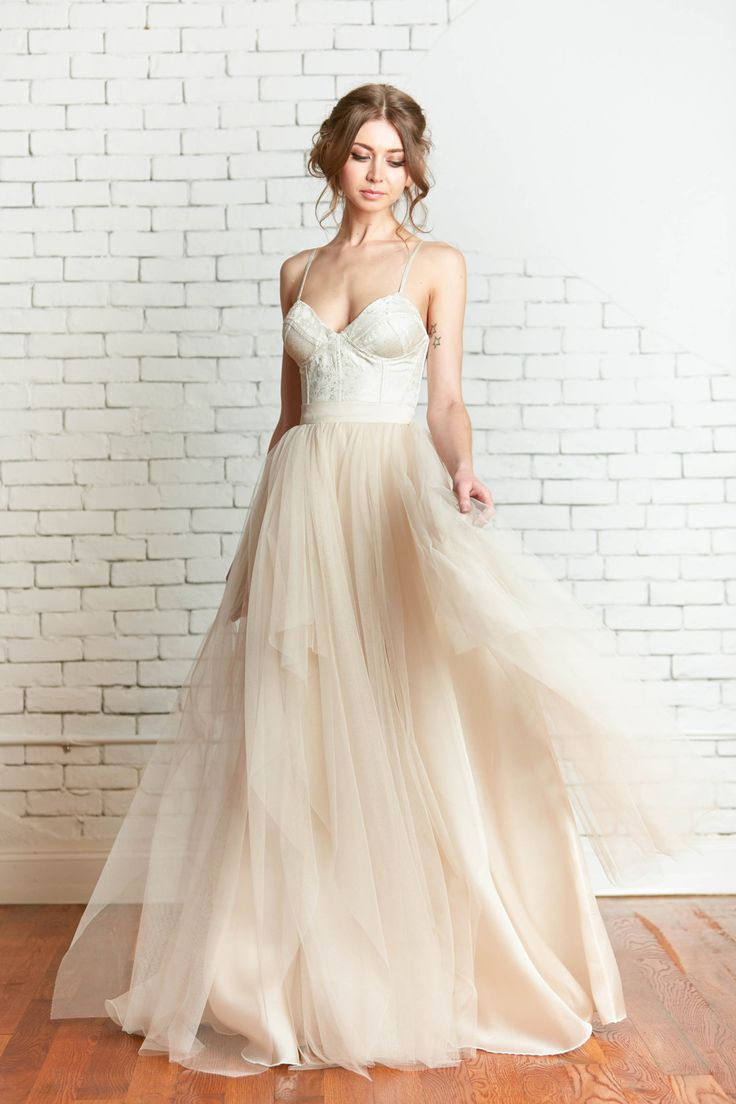 Leslie knope wedding dress   best Schone bride images on Pinterest  Dream dress Wedding