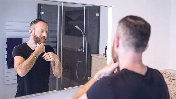 Bartstyling: Die wichtigsten Bartpflege-Produkte für dein Bartstyling. Direkt nach dem Bartstil, für den du dich entscheidest, kommt der zweite wichtige Punkt, um den du dich kümmern musst: das Bartstyling. Verleih deinem Bart den Glanz, den er verdient. http://blackbeards.de/bartpflege/bart-styling/ #bartpflege #beardcare #bartöl #beardoil #beardgrooming #beardstyle #bartstil #beardstyling #bartstyling #ratgeber #diy