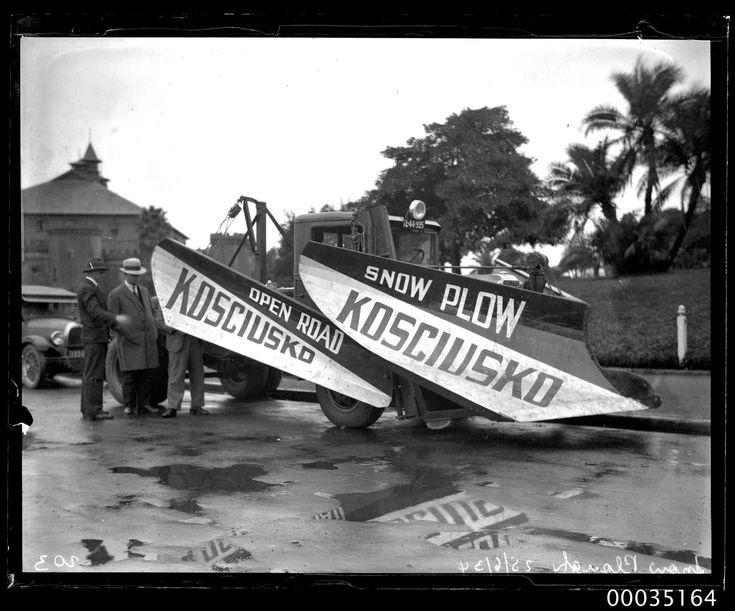 Inspecting a snow plough for Mount Kosciusko [Kosciuszko] Australia 1934 [2843 x 2362]