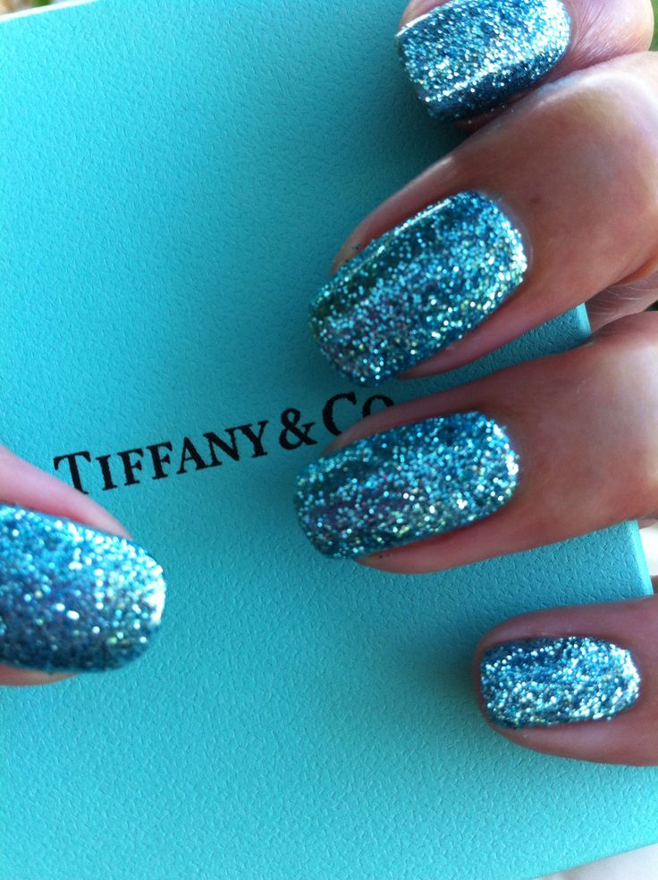 Tiffany & Co / Tiffany inspired gel nails in CND Shellac and Lecente glitter.  Intense 3D glitter in turquoise blue with super shine brilliance!