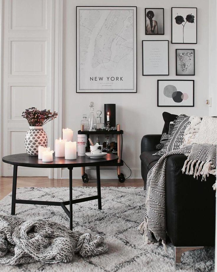 """721 Synes godt om, 10 kommentarer – Møbler, Indretning, Bolig (@ilvabolig) på Instagram: """"@anordicmoment forstår at skue op for hyggen på sådan en efterårsdag #livingroom…"""""""
