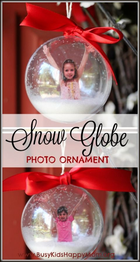 Snow Globe Photo Ornament from Busy Kids Happy Mom. Pinned by SOS Inc. Resources. Follow all our boards at pinterest.com/sostherapy/ for therapy resources. (Christmas Ornaments Preschool)