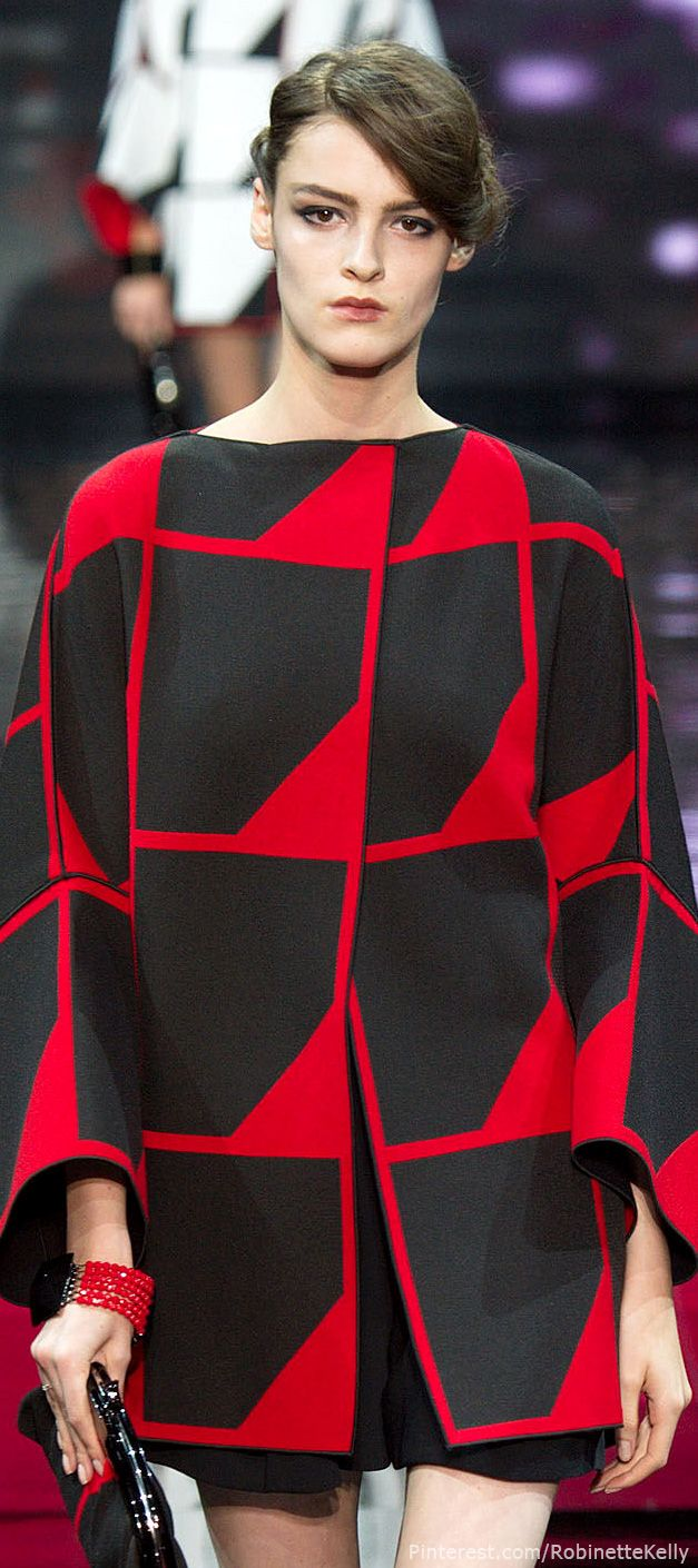 260 best house of armani images on pinterest giorgio for Haute couture fashion house