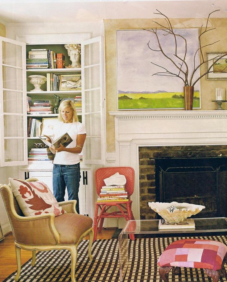 Whitehaven: Stylish Living - Jewelry Designer Janet Gregg. LOVE bench fabric & rug