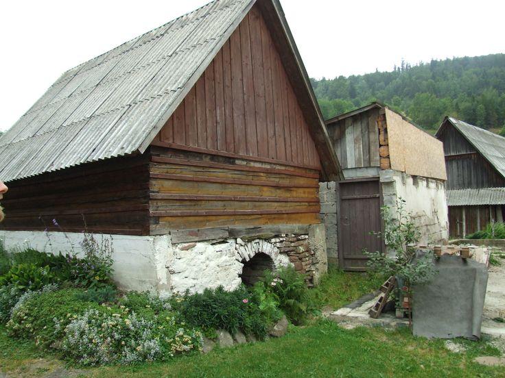 Old houses in Zawoja Czatożańska, Poland