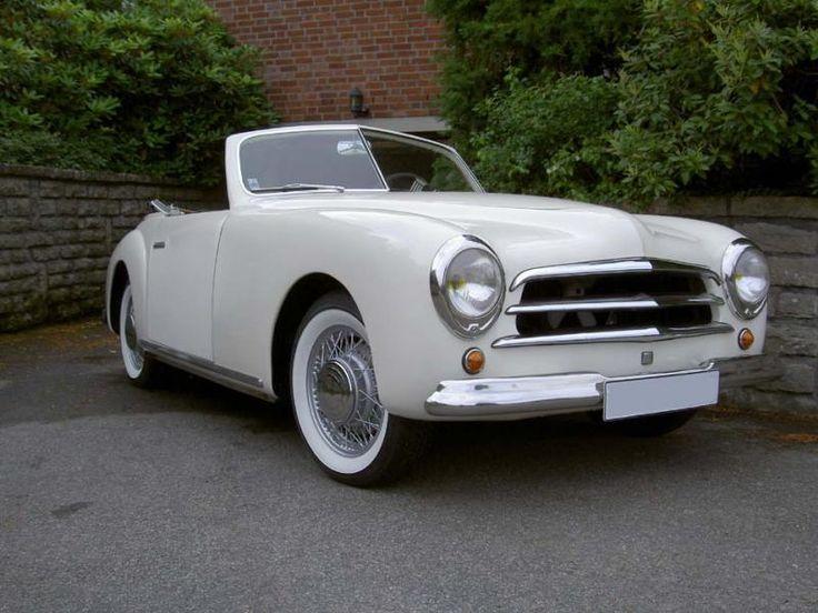 Simca 8 Sport de 1949  configurations convertibles et à toit rigide.