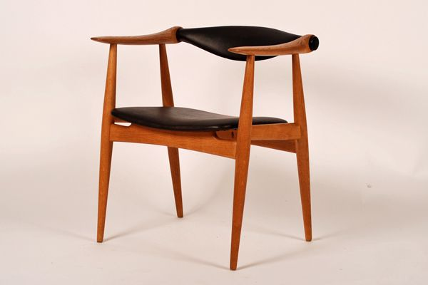 Hans J. Wegner  Model 34 Produced by Carl Hansen & son