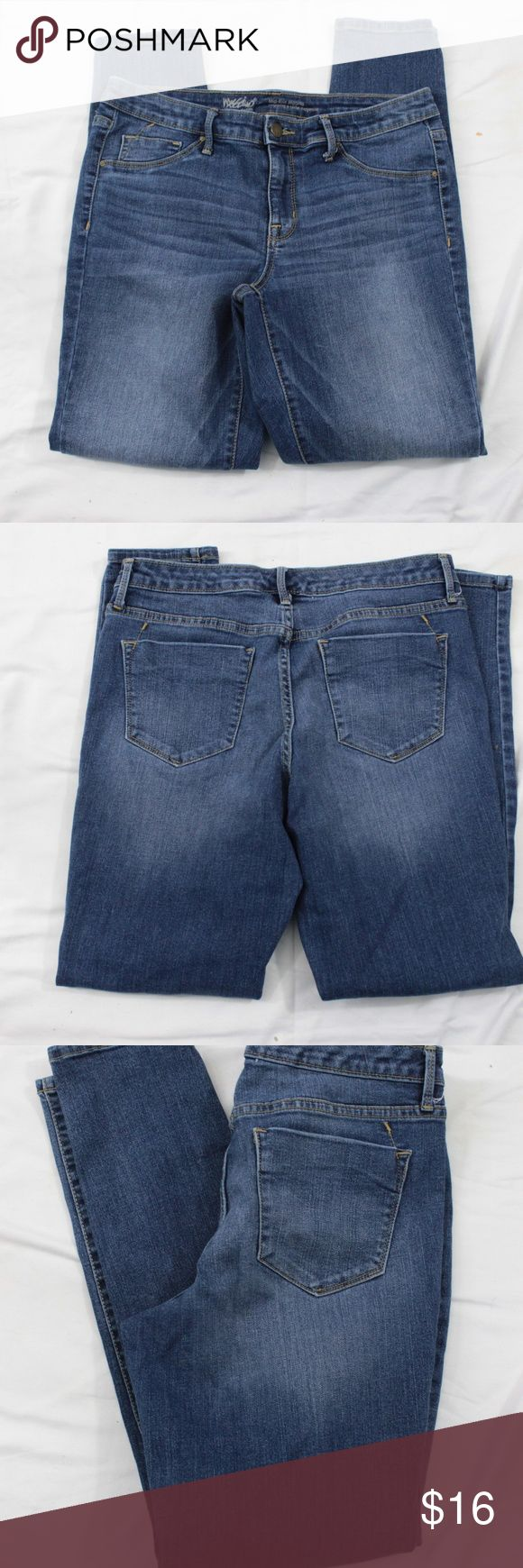 "Mossimo Womans Jeggings Mid Rise Size 10 Brand: Mossimo Item: Mid Rise Jeggings Size:  10 Condition: Pre-Owned Fabric: Cotton Blend Color: Blue Dark Wash Other Details:  PLEASE SEE MEASUREMENTS Measurements:  Waist: 16"" Rise: 8.5"" Inseam: 29"" Leg Opening: 5"" If you have any questions feel free to contact me Have a great Day  Thanks for looking Mossimo Supply Co. Jeans"