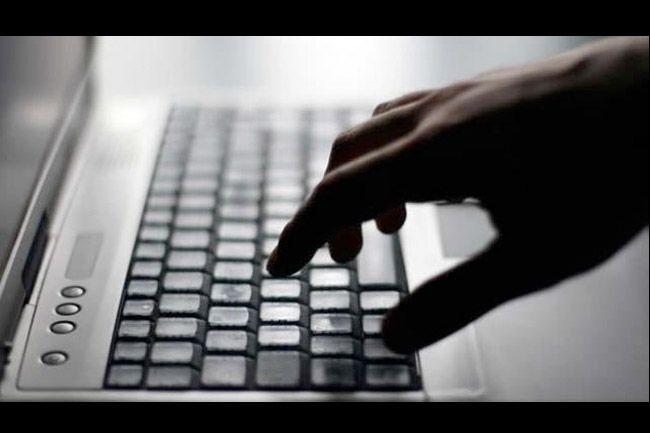 Brasil aprueba una constitución de Internet en http://www.animalpolitico.com/2014/03/congreso-de-brasil-aprueba-ley-de-internet/#axzz2xBVTfO2C