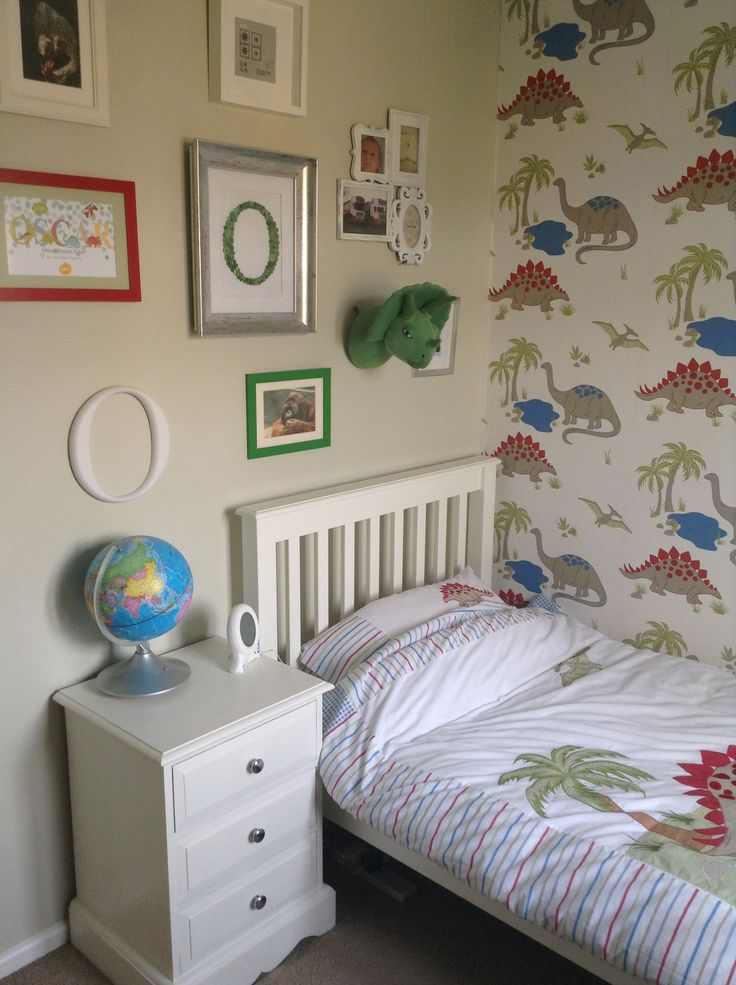 21 best decor laura ashley dinosaurs images on pinterest for Dulux boys bedroom ideas