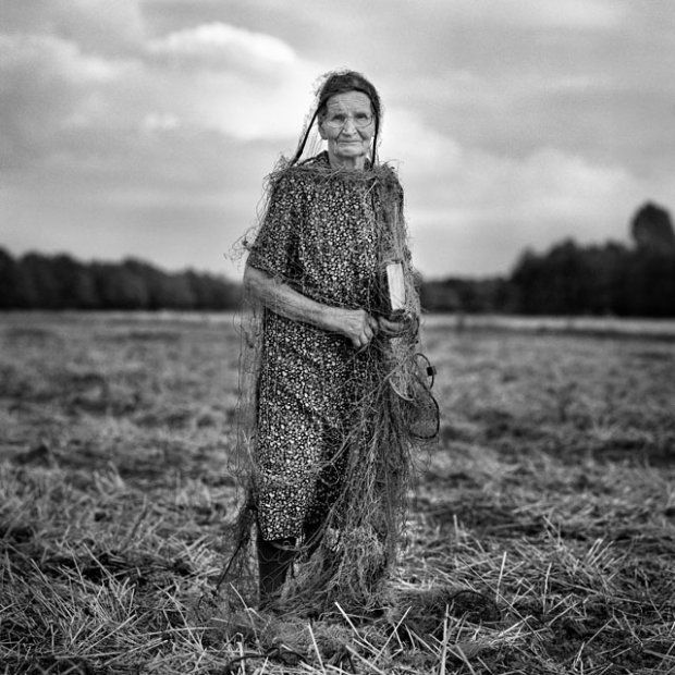 Zdjęcie Adama Pańczuka z cyklu 'Karczeby'