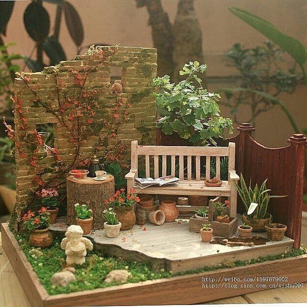 """RepostBy @idea_fantasy: """"#миниатюра #диорама #румбокс #кукольныйдом #цветы #садик #растения #хобби  #увлечение"""