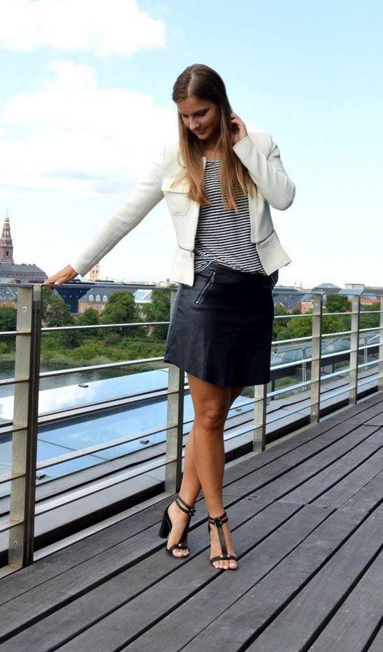 Nuestra falda de polipiel, disponible en negro y marron